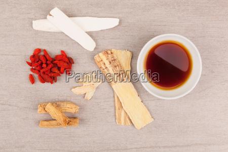 traditionelle chinesische medizin suppe hintergrund