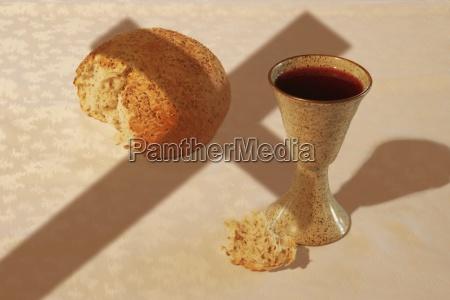 stilleben glas baeger drikkeglas mad levnedsmiddel