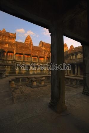 courtyard of angkor wat temple angkor