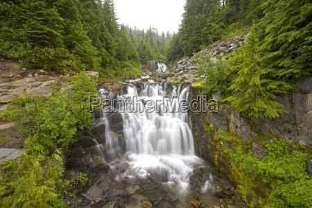 sunbeam falls mount rainier national park