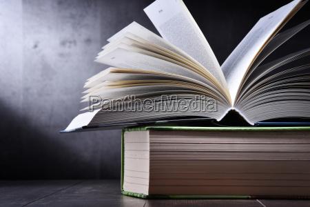 bildung ausbildung bildungswesen bibliothek buecherei lesung
