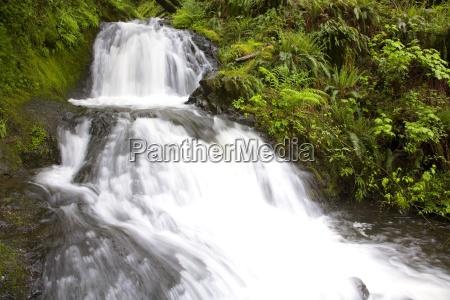 waterfall columbia river gorge oregon united