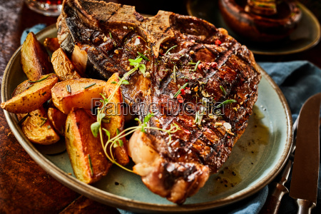 tender thick succulent barbecued t bone
