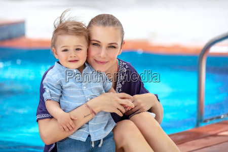 baby boy with mom on the