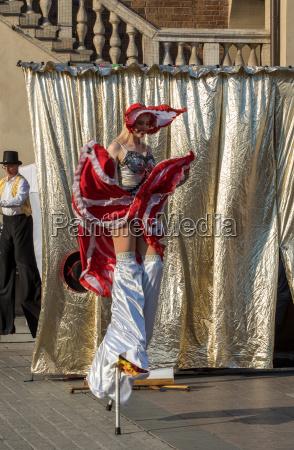 auffuehrung des dance pageant aufgefuehrt von