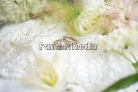 decoration with wedding rings