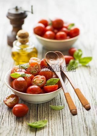 salad tomato