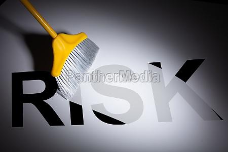 beschendes wort fuer schwarzes risiko