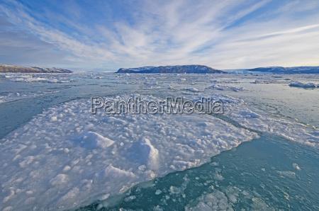 meereis und eine gletscherlandschaft