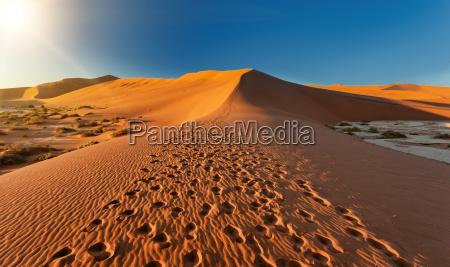 schoene landschaft hidden vlei in namibia