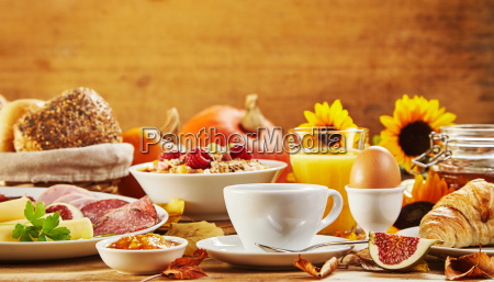 autumn breakfast with assorted fresh food