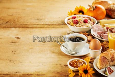 seasonal autumn intercontinental breakfast border