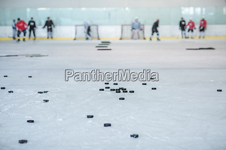 sport spiel spielen spielend spielt winter