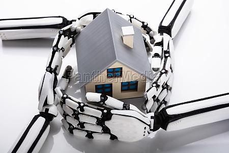 roboterhands schuetzen hausmodell