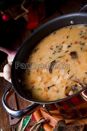 a christmas mushroom soup of polish