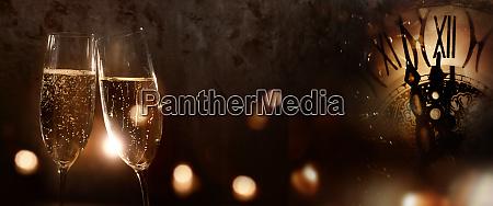 champagner fuer das neue jahr