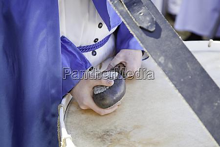drumming believer