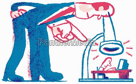 großunternehmer, beobachten, kleinunternehmer, durch, mikroskop - 26014498