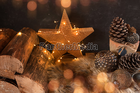 leuchtendes stillleben zur weihnachtszeit