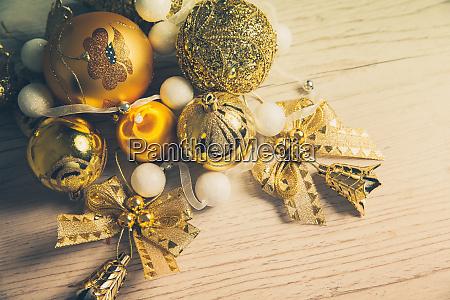 weihnachten 2019 dekor baelle und boegen