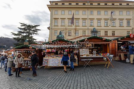 weihnachtsmarkt auf der prager burg