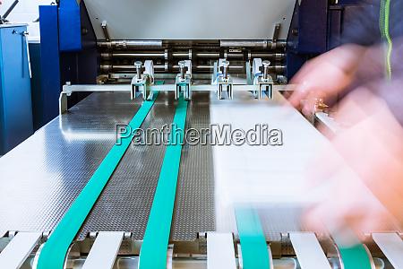 papierfaltmaschinen walzen foerderguertel feed printing feed