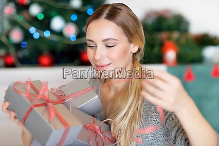 eroeffnung weihnachtsgeschenke