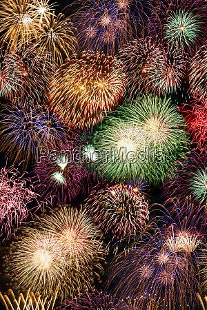 silvesterfeuerwerk hintergrund portraetformat jahre jahr feuerwerk