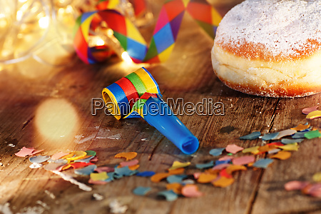 carnival table decoration with donut