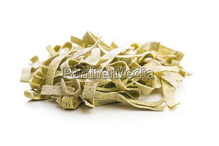 rohe italienische pasta trockene nudeln