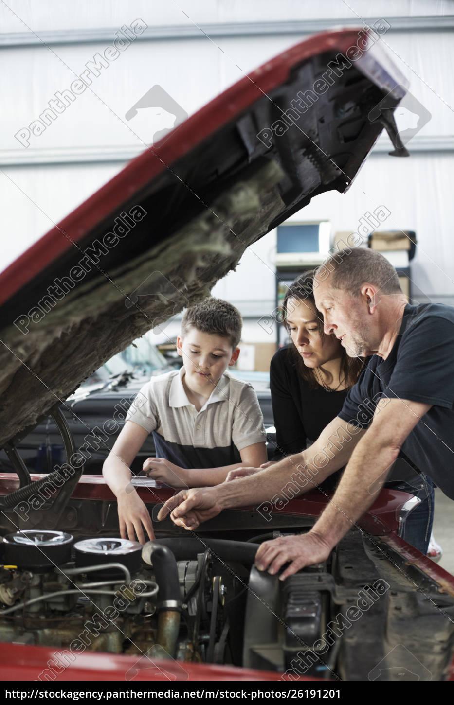 a, senior, caucasian, male, car, mechanic - 26191201