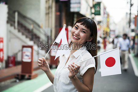 smiling japanese woman with long brown
