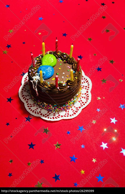 stillleben, schokolade, geburtstagstorte, und, stern, konfetti - 26299399