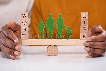 person die arbeit und lebensbalance auf