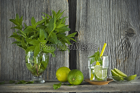 homemade mint lemonade with lime on