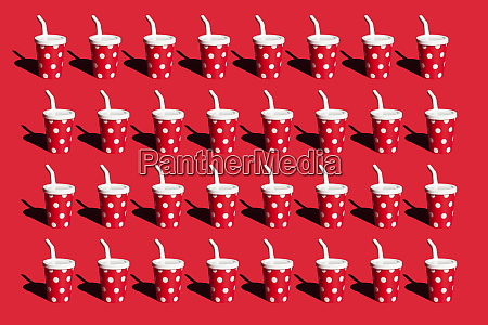 3d rendering row of red paper
