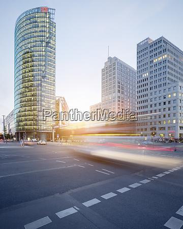 deutschland berlin kreuzung am potsdamer platz