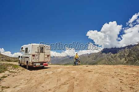 peru chivay colca canyon woman with