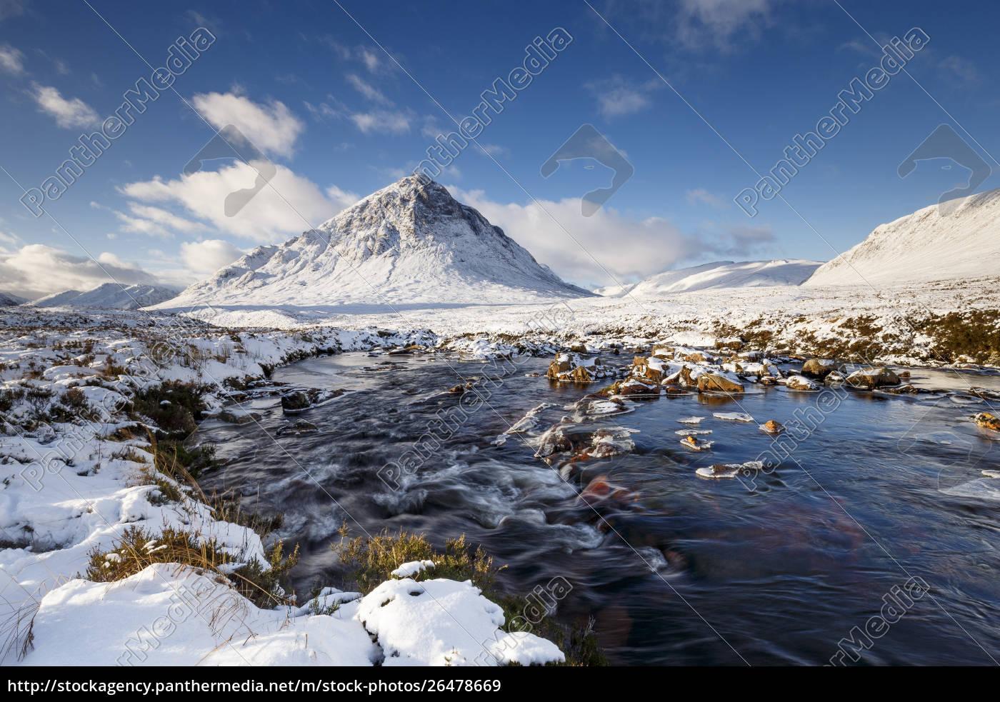 eine, winterliche, szene, in, buachaille, etive - 26478669