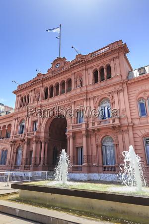 casa rosada pink house praesidentenpalast ikonisches