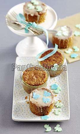 mini carrot cakes baked in jars