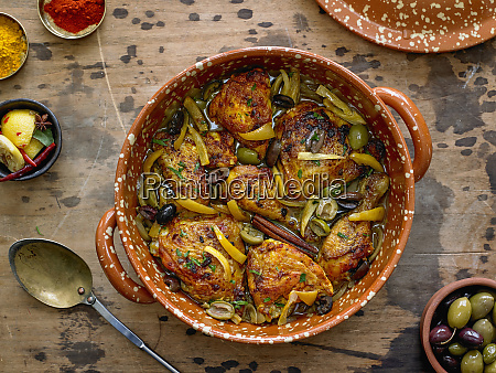 huhn tagine mit calamata oliven geknackte