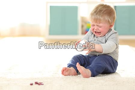 baby weint in gefahr nach dem