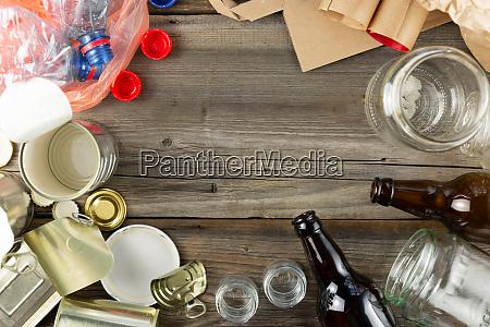 plastik glas metall und papiermuell fuer