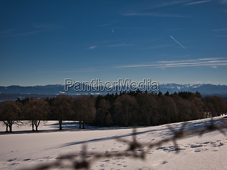 panorama im winter am starnberger see