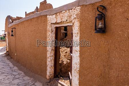 die traditionelle arabische lehmziegelarchitektur saudi arabien