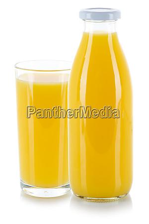 orangensaft trinken frische glasflasche isoliert auf