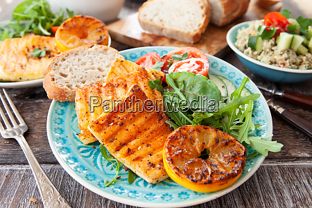 grilled cheese with salad