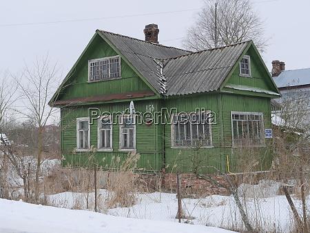 holzhaus der sowjetischen konstruktion