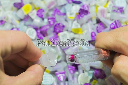 diabetes insulinspritze mit nadelnahaufnahme arzneimittelinjektion